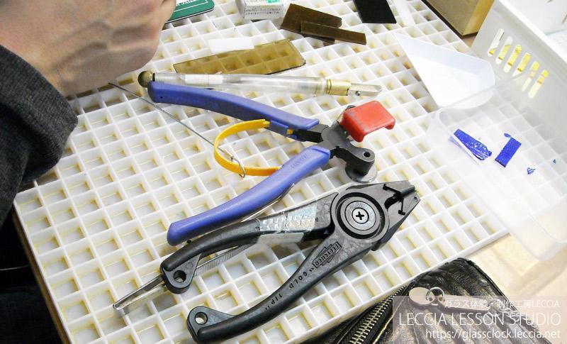 ガラスフュージングで作る手作り時計 ガラス体験・制作工房LECCIA【愛知・名古屋】