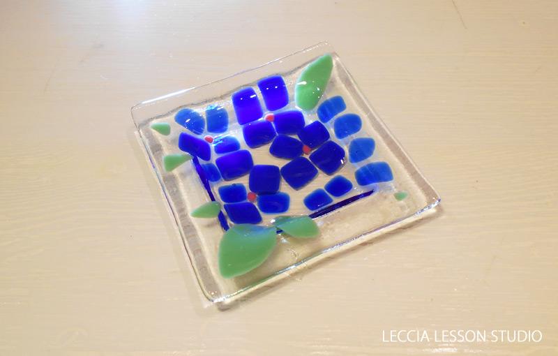 いっちゃん さん ガラスフュージング体験作品 ミニお皿